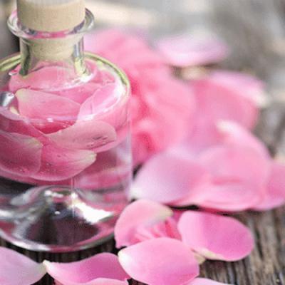 Eau de Rose en parfumerie